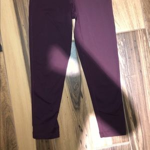 MAROON CROPPED LEGGINGS 90 DEGREES BY REFLEX